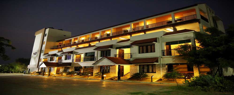 Hotels in velankanni velankanni hotels hotels in vailankanni vailankanni church for Hotels in velankanni with swimming pool